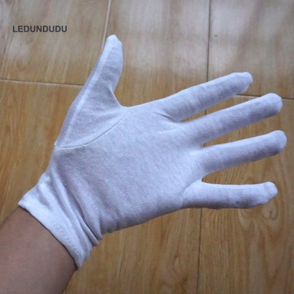 Edward Elric Gloves Wearing