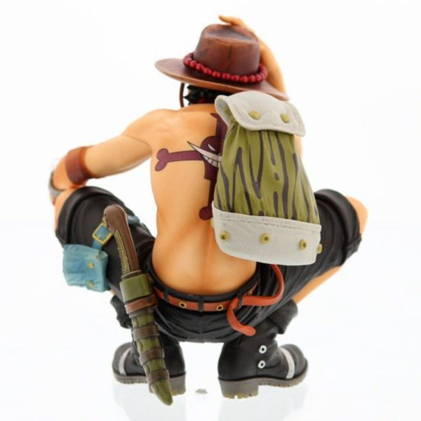 Back one piece ace figure